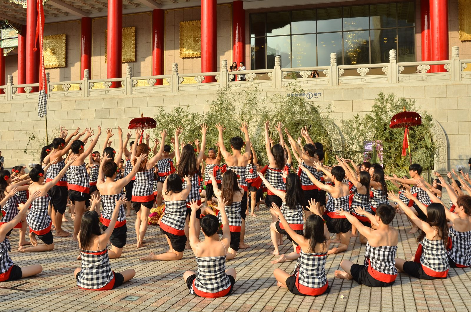 2012-國家劇院-廣場藝術節-克差舞